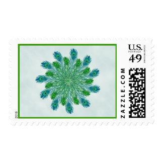 Plumas elegantes de moda del pavo real timbres postales