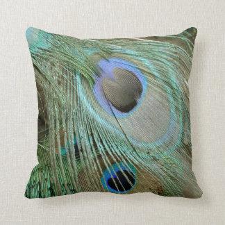 plumas intrépidas del ojo del pavo real almohadas