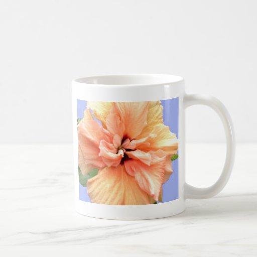 Plumeria rosado y amarillo hermoso taza clásica