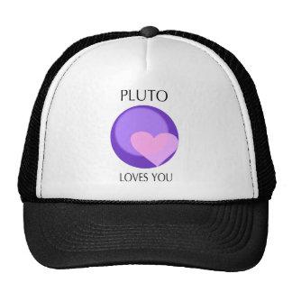 Plutón le ama gorra