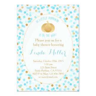 Poca calabaza en el oro del azul de la invitación