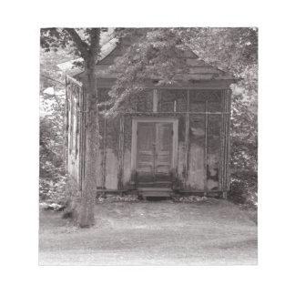 Poca casa en las maderas bloc de notas