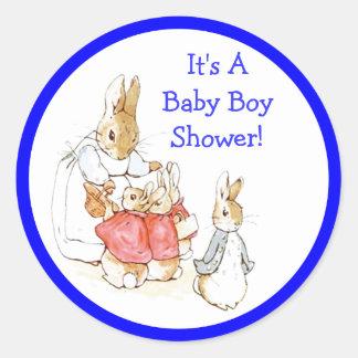 Poca invitación de la ducha del bebé de los pegatina redonda