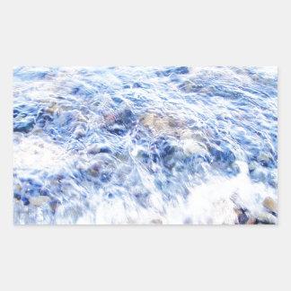 Poca onda y piedras coloridas rectangular pegatina