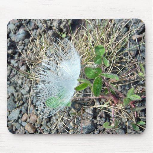 Poca pluma blanca 1 Mousepad Alfombrillas De Ratón