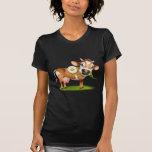 Poca vaca del jersey que come la margarita camiseta