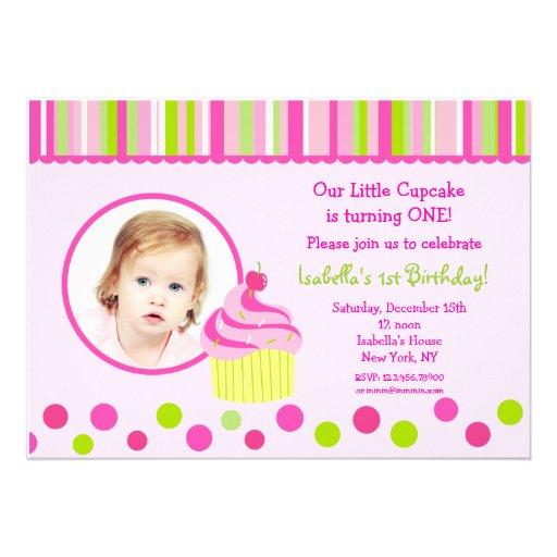 Pocas invitaciones de la fiesta de cumpleaños de l anuncio