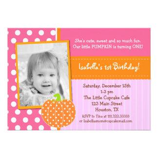 Pocas invitaciones de la fiesta de cumpleaños de l comunicado personalizado