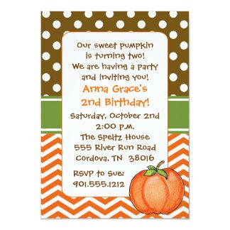 Pocas invitaciones del cumpleaños de la calabaza anuncios