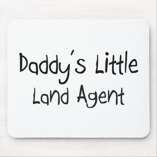 Poco agente de la tierra del papá mouse pads