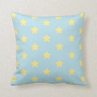 Poco amarillo brillante protagoniza la almohada