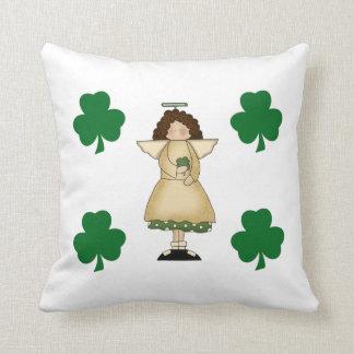 Poco ángel irlandés cojín decorativo