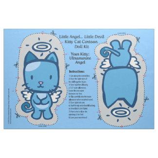 Poco ángel… pequeño equipo de la muñeca del gato telas