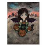 Poco arte de hadas gótico del vampiro de Halloween Tarjeta Postal
