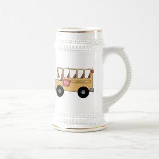 Poco autobús escolar taza de café