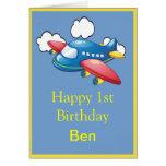 Poco avión en el 1r cumpleaños de las nubes tarjeta de felicitación