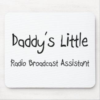 Poco ayudante de la emisión de radio del papá tapetes de ratón