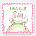 Poco bookplate rosado del conejito calcomanía cuadradas personalizadas