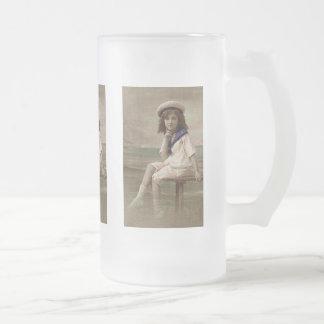 Poco chica de la bahía tazas de café