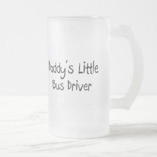 Poco conductor del autobús del papá taza de café