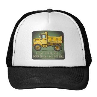 Poco gorra de la cita del operador de camión volqu