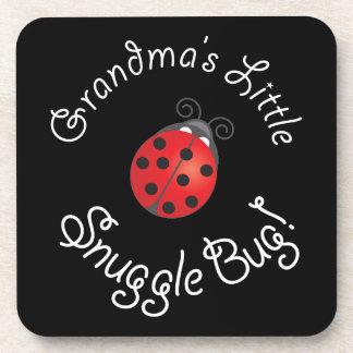 ¡Poco insecto del Snuggle de la abuela! Posavaso