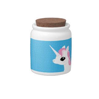 Poco unicornio con el tarro de galletas rosado de  jarra para caramelo