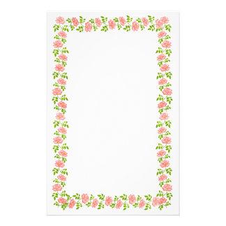 Pocos efectos de escritorio ingleses rosados de lo  papeleria de diseño