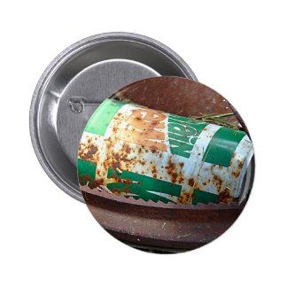 Poder de soda del vintage en una pila de desperdic pin redondo 5 cm