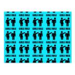 Poder divertido del chica de las azules turquesas  tarjetas postales