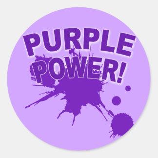 Poder púrpura con un Splat grande de la pintura Pegatina Redonda