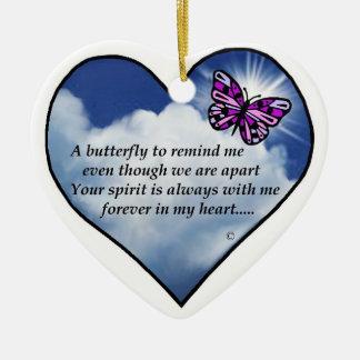 Poema conmemorativo de la mariposa adorno de cerámica en forma de corazón