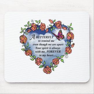 Poema conmemorativo de la mariposa mouse pads