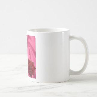 Poema de la nieta - seda rosada y subió taza de café