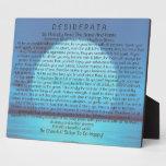 Poema de los desiderátums en puesta del sol azul placas con fotos