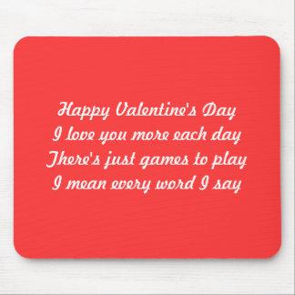 Poema del el día de San Valentín Tapetes De Ratón