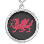 Poema nacido Galés con el dragón Pendiente Personalizado