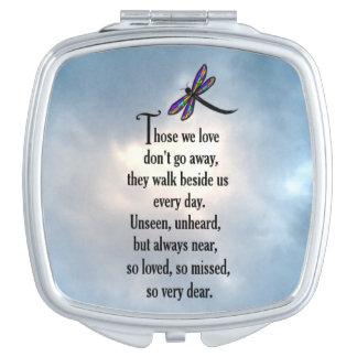 """Poema """"tan amado"""" de la libélula espejo de viaje"""