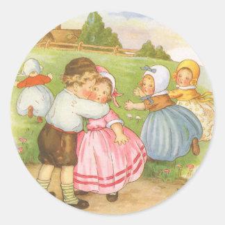 Poesía infantil de la mamá ganso de Georgie Porgie Pegatina Redonda