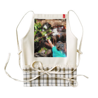 Pointing to turtles zazzle HEART apron
