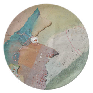 Pointy Nose Melamine Plate