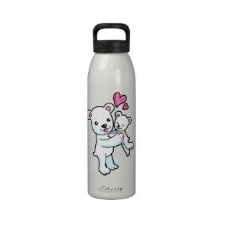 Polar Bear hugging Baby bear Water Bottle