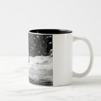 Polar Bear in the snow Two-Tone Coffee Mug