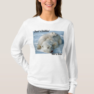Polar Bear Just Chillin' Gifts T-Shirt