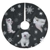 polar bear - Luna Brushed Polyester Tree Skirt
