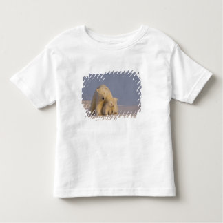 polar bear, Ursus maritimus, sow with newborn 2 Shirt