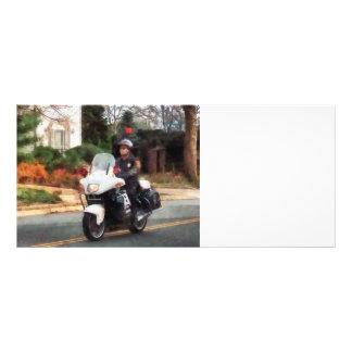 Poli de motocicleta en patrulla tarjeta publicitaria personalizada