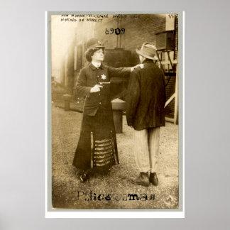 Policewoman, 1909 póster