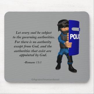 Policía cristiana mousepads