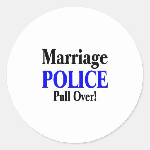 Policía de la boda, tirón encima pegatina redonda